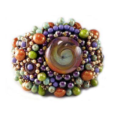 Fearless Sherry Serafini finds magic in Czech glass beads
