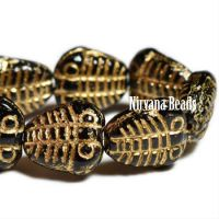 10x13mm Trilobite Black with a Gold Wash