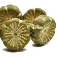 14mm Hibiscus Flower Peridot with a Etched and Gold Finishes