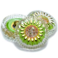 18mm Daisy Button Transparent Glass with Green Apple and Gold