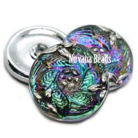27mm Leaf Button Vitrail with Silver Accents