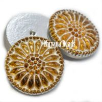 18mm Daisy Cabochon Yellow with White Wash