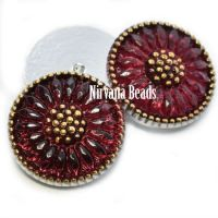 18mm Daisy Cabochon Crimson with Gold Accents