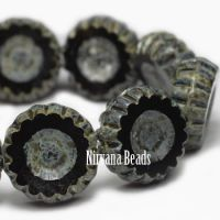 12mm Daisy Flower Black with Picasso Finish
