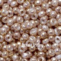 11/0 TOHO Round White Gilded Marble