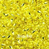11/0 TOHO Round Lemon Silver-Lined