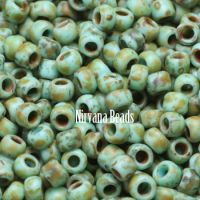 6/0 TOHO Round Frosted Opaque Cornflower - Picasso - Hybrid